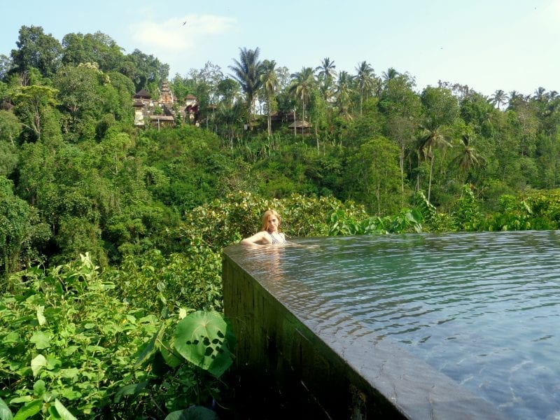 Hanging gardens ubud hotel review anna everywhere for Hanging garden pool ubud