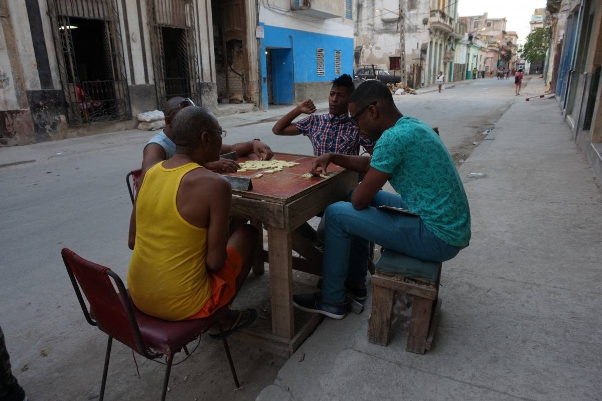 Cubans playing dominos
