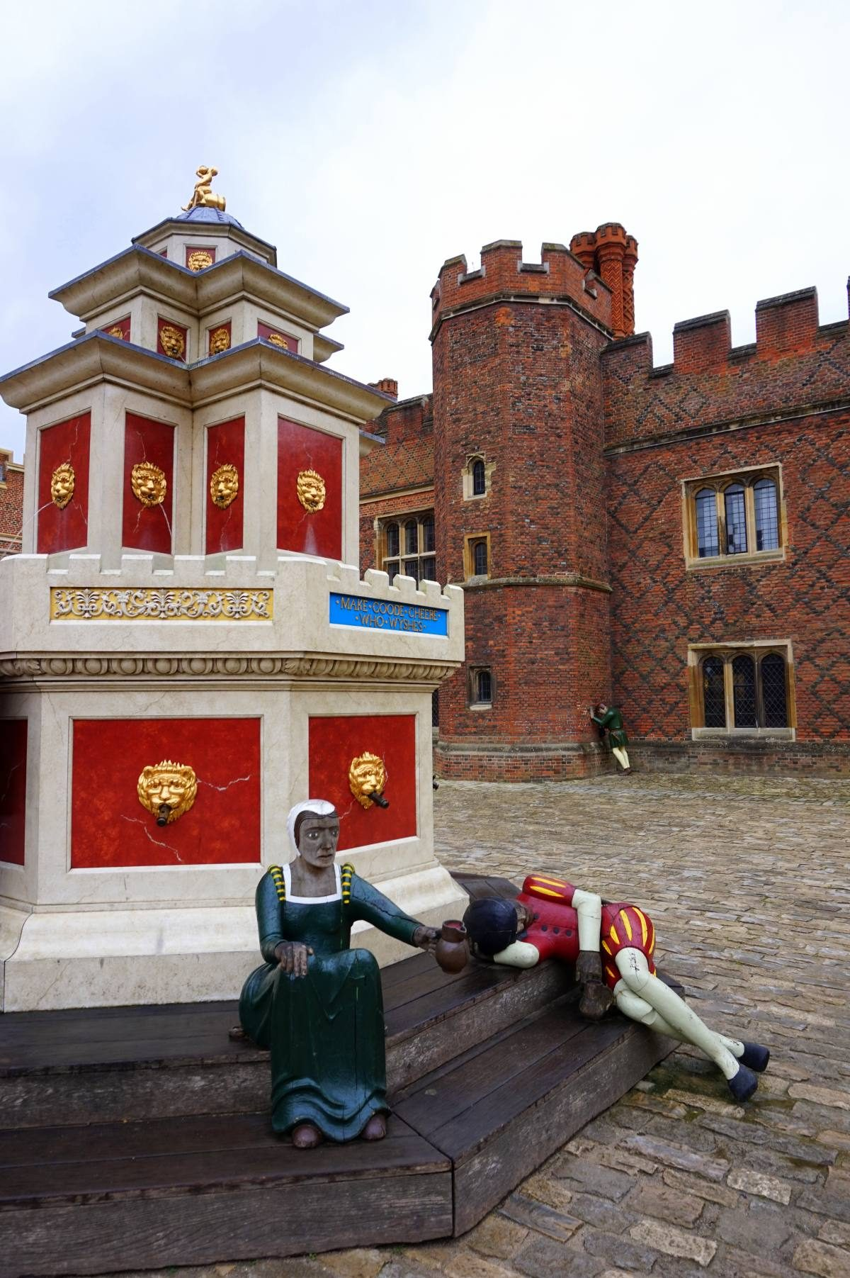 Google Maps Journey Planner >> Hampton Court Palace | Anna Everywhere