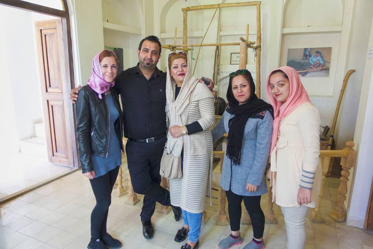 Iran dresscode