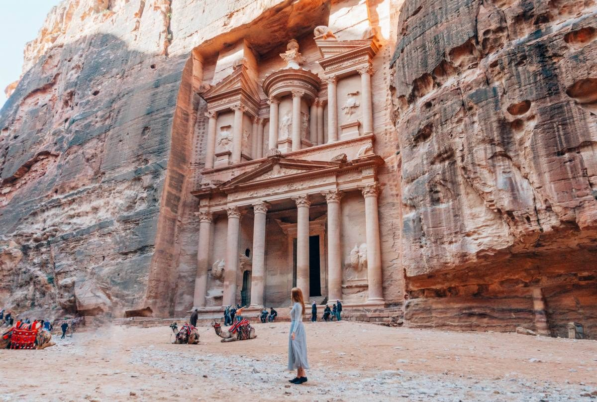 rango profundidad Metáfora  15 Essential Tips for Visiting Petra in Jordan | Anna Everywhere