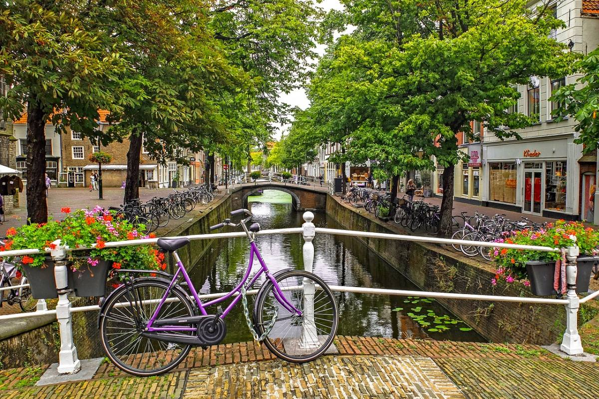 is amsterdam good for couples
