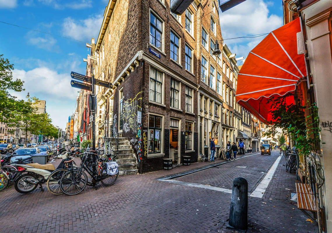 Amsterdam travel tips
